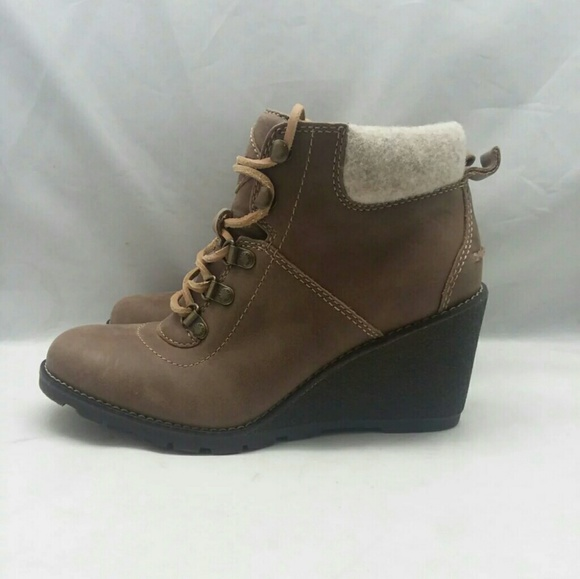 98435e08130 Sperry Top-Sider Celeste Wedge Bootie 7M. M 5b59d5b2619745396aa6b666